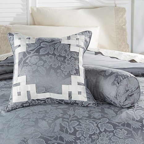 anna-griffin-juliette-decorative-pillow-pair-d-20151019181359737-427983
