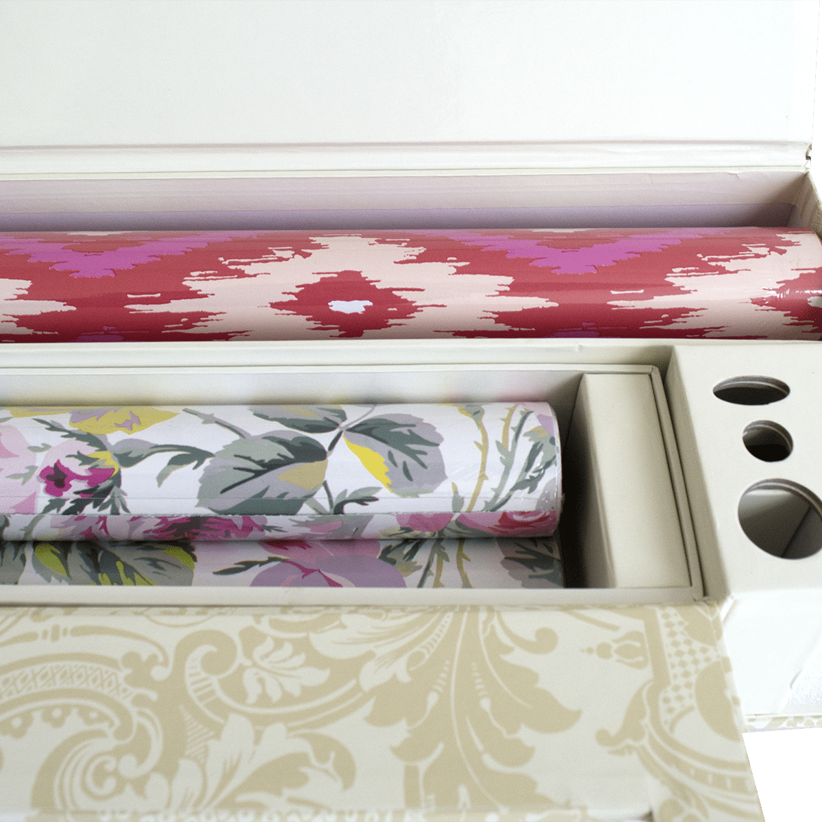 Chic Wrap All Occasion Gift Dispenser And Storage