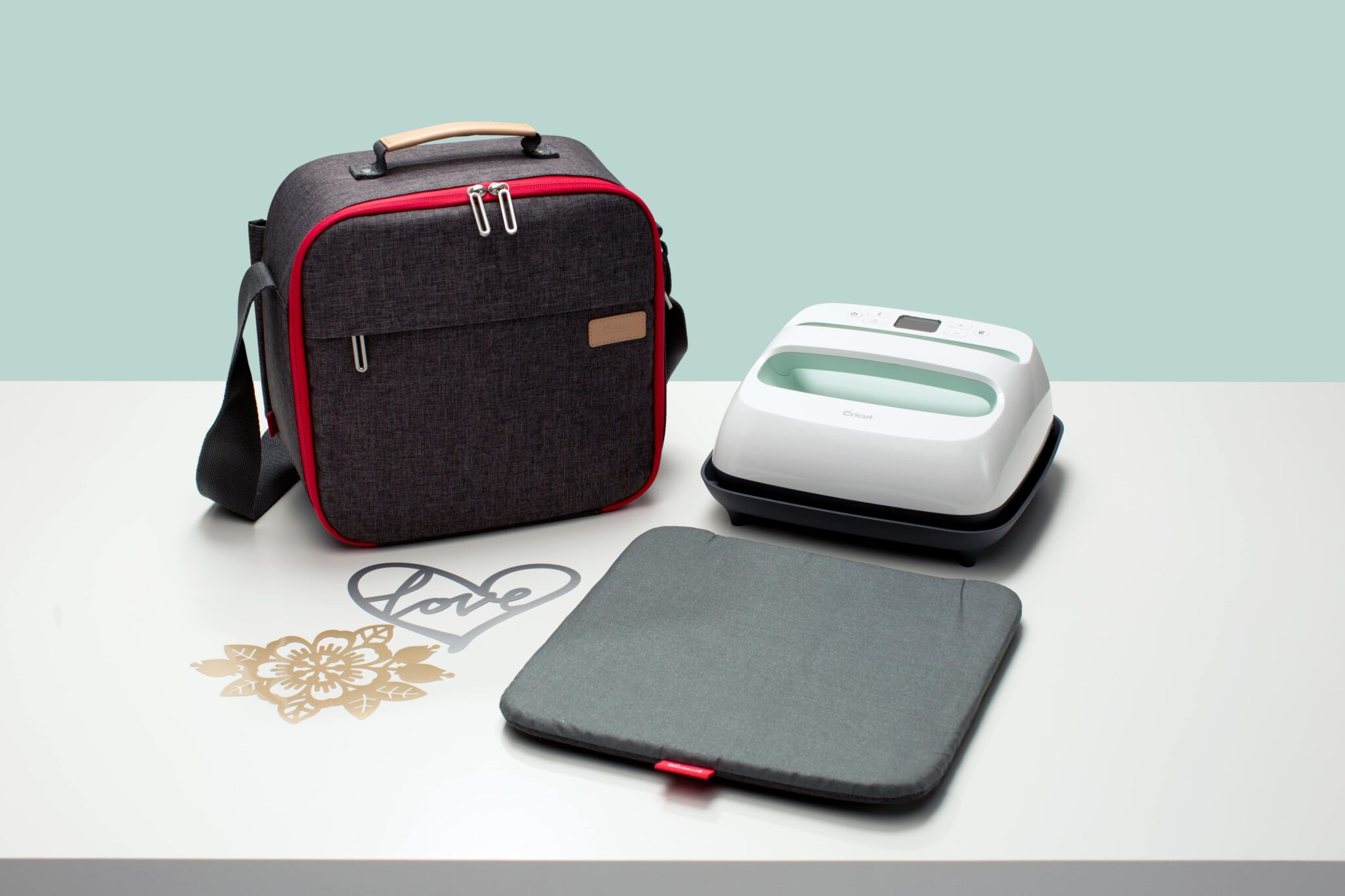 53f348cebfda We have 2 new Iron on Bundles for you to use with your Cricut Easy Press.  You ll be able to choose from our Amelie Patterns and our Lila Patterns!